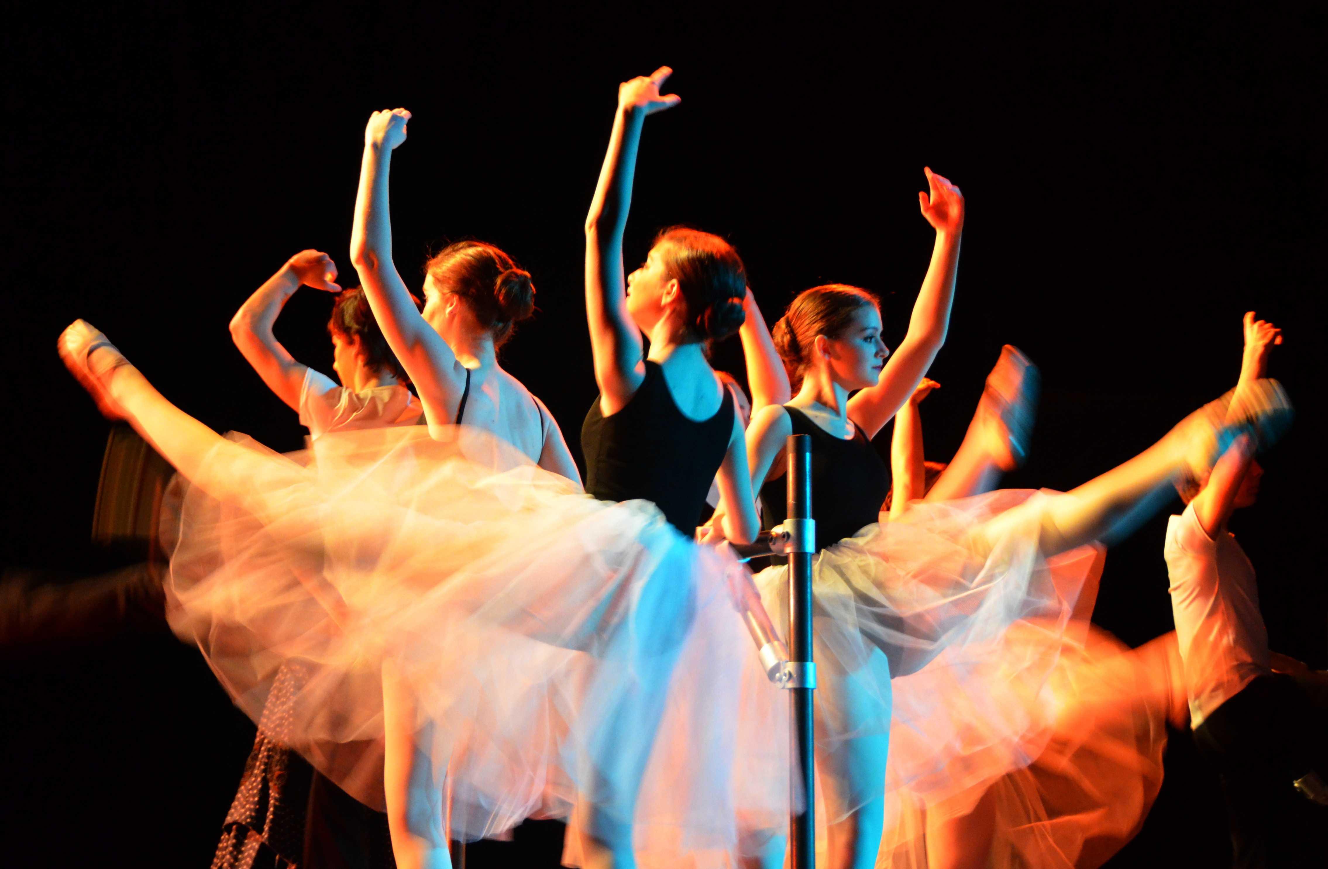 dancers2-2